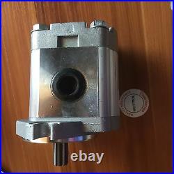 Pilot Gear Pump Hydraulic Pump AT202122 for John Deere 790ELC 120 110 450LC
